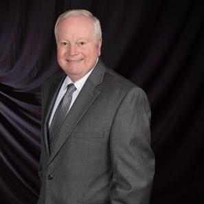 Mike Hale Profile Picture